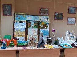 Выставка рисунков и поделок декоративно-прикладного творчества